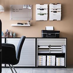 image d'une etagere de bureau